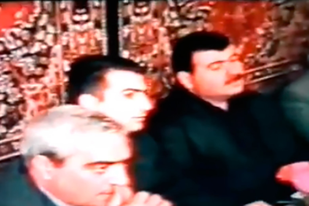 Ковры на стене и меховые шапки: найдено архивное видео свадьбы с участием Ровшана Ленкоранского