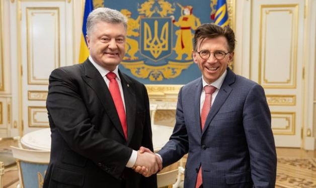 Информационная атака: 20 тыс. евро за ночь в Киеве