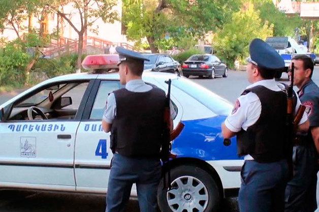 В Армении после революции начали зачистку криминала – задержаны более десятка «воров в законе»