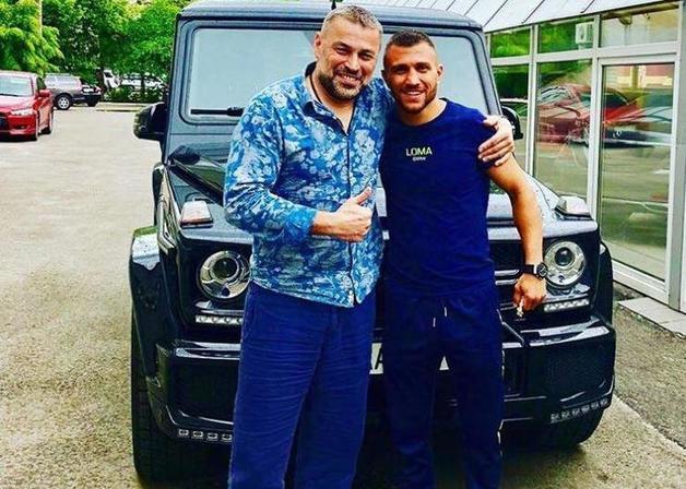 Ломаченко купил Mercedes Brabus после победы над Линаресом