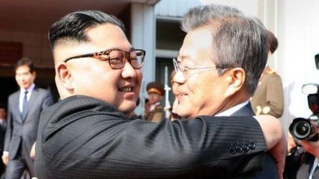 Лидеры Северной и Южной Кореи провели незапланированную встречу