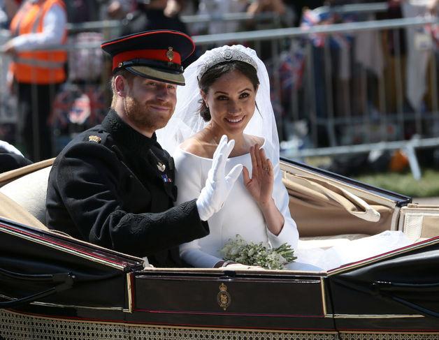 """""""Королева ее растопчет"""": психолог пояснила, что ждет Меган Маркл после свадьбы"""