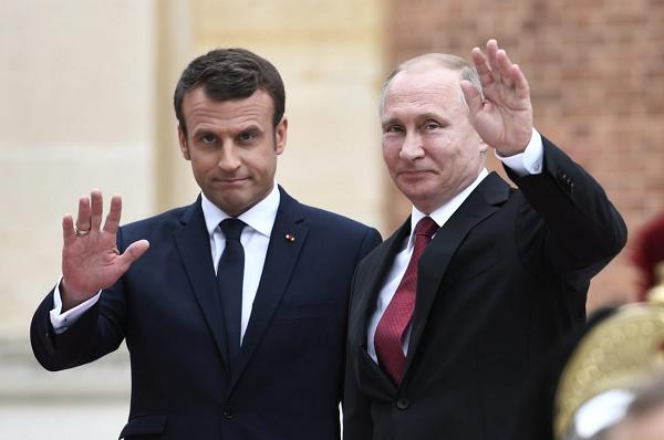 Украина остается в одиночестве: Макрон поразил своим поведением на переговорах в Петербурге