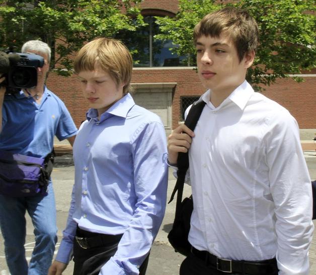 Канада решила лишить гражданства сына российских шпионов