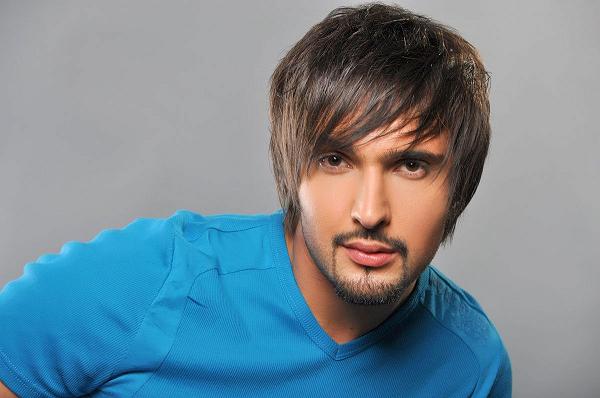 Выступающий в России украинский певец получит надбавку к пенсии