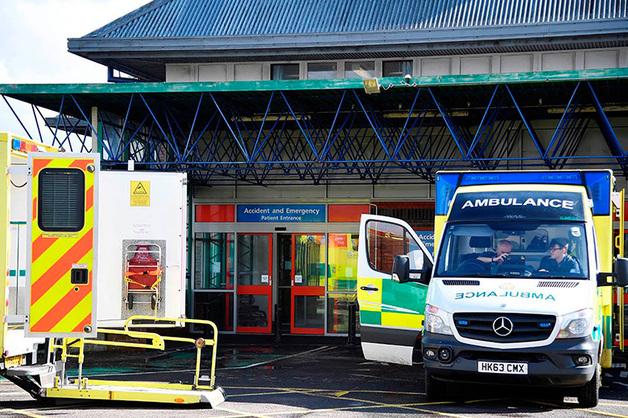 Персонал больницы в Солсбери объяснил успешный исход лечения Скрипалей