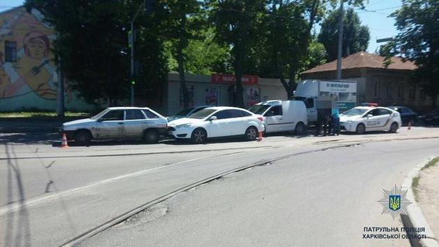 В Харькове пьяный лихач устроил массовое ДТП