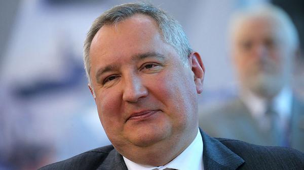 Сытый фэйс Рогозина вплыл в деле Бабченко
