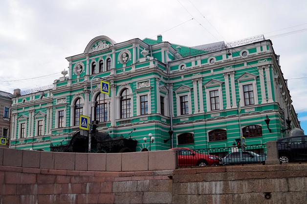 «БалтСтрой» заподозрили в мошенничестве при реконструкции Большого драмтеатра в Петербурге