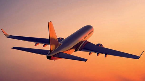 Из-за записки в туалете: самолет экстренно сел в Ирландии