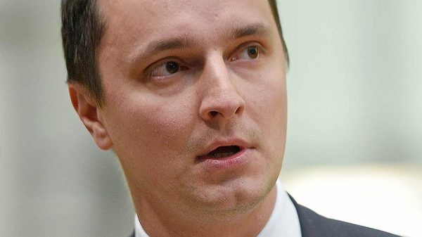 "Рогозин-младший отказался от массажа ""5-й точки"" за 8,5 млн"