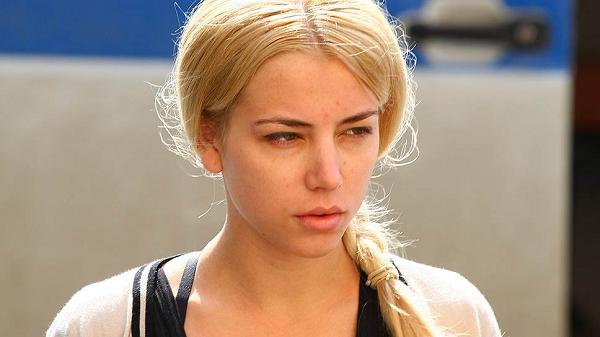 Екатерина Пузикова потребовала от Минфина РФ 10 миллионов рублей