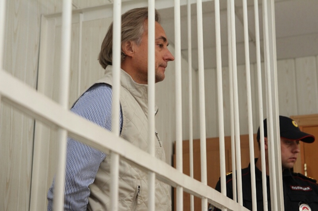 Омский депутат обналичил миллиард рублей перед арестом
