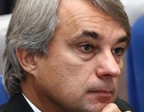 Единоросс Сергей Калинин обворовал омичей на 1,4 млрд