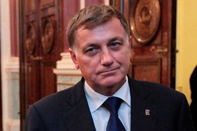 «Курятники». Глава парламента Петербурга после вмешательства журналистов отказался от дач из фонда для бедных в Курортном районе