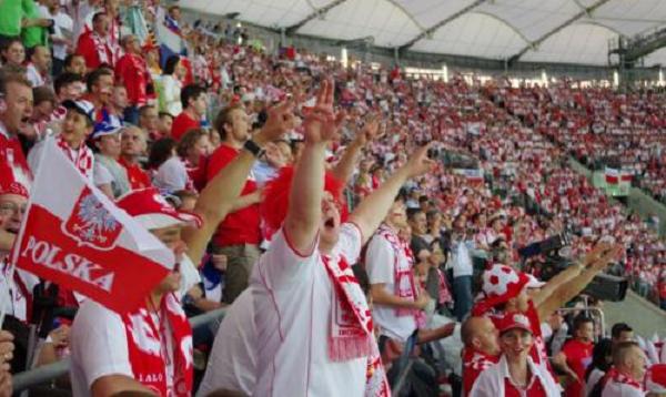 ЧМ - 2018. ФИФА оштрафовала Польшу за политический банер на матче против Сенегала
