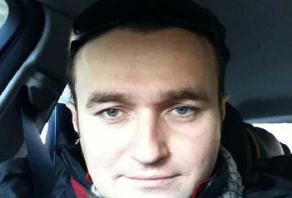 Максим Криппа торгует местами в списке Садового и продвигает онлайн-казино из РФ