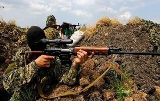 "Снайпер ВСУ метким выстрелом убил террориста ""ДНР"": опубликовано видео"