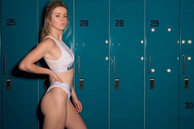 Откровенный наряд Свитолиной вызвал споры в Instagram