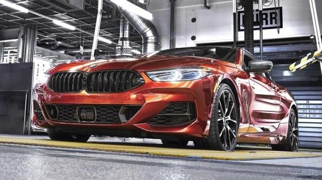 Новая «восьмерка» BMW стала на конвейер: последние подробности