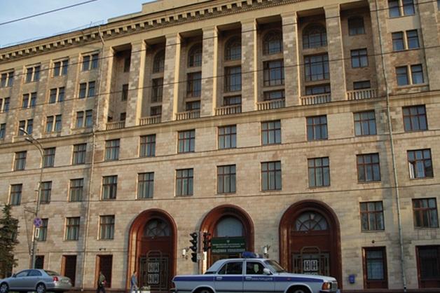 Со здания академии управления МВД украли чугунного двуглавого орла