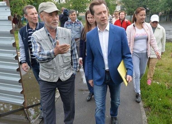 Депутат Госдумы Владимир Бурматов попиарился на челябинцах, которых «прессуют» бандиты застройщика. И забыл о них