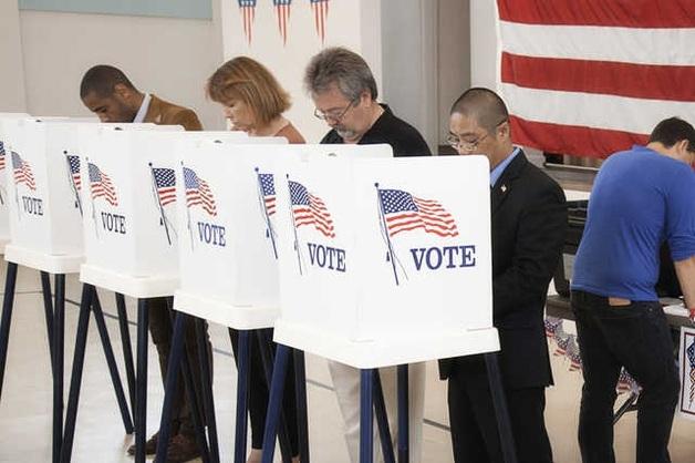США обвинили 12 ГРУшников во вмешательстве в выборы: обнародованы фамилии