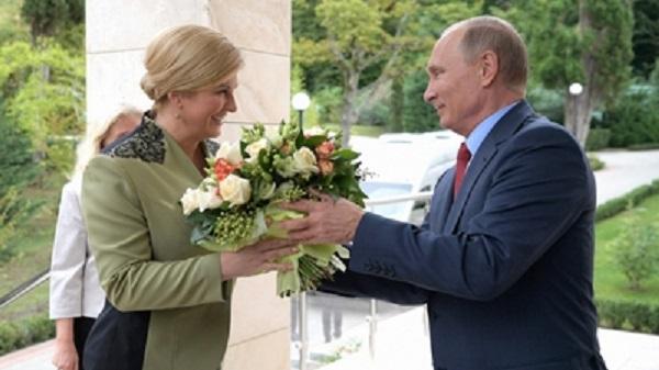 Колинда Грабар-Китарович чувствует себя «как дома» на вилле Константина Голощапова