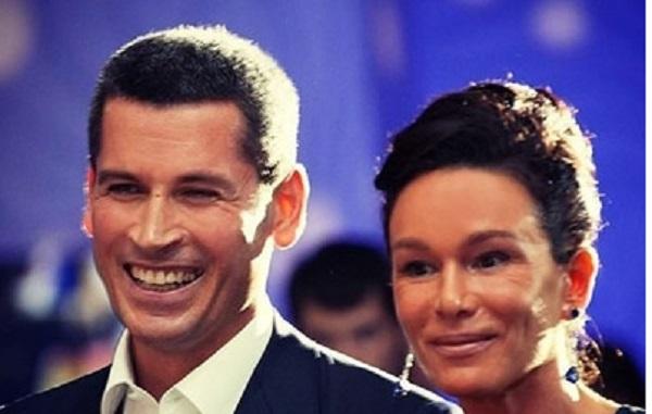 Суд признал развод Зиявудина Магомедова фиктивным