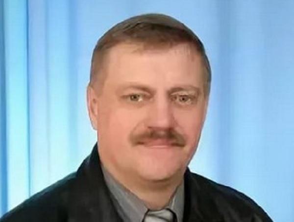 Депутат Александр Григорьев, или некоторые особенности политической агитации с помощью ЖКХ