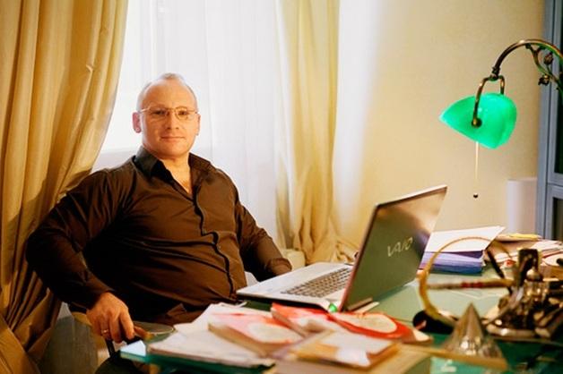 Адвокат Гофштейн пожаловался на задержание подруги депутата Жигарева