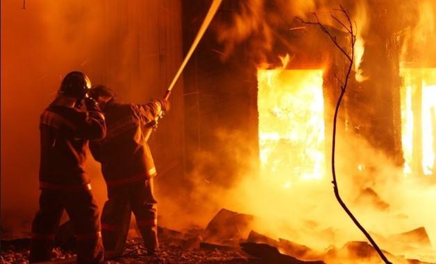 На российском курорте заживо сгорели люди: много жертв. Появилось видео