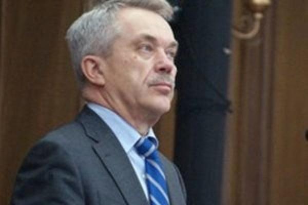"""Семейный """"спрут"""" губернатора Савченко"""