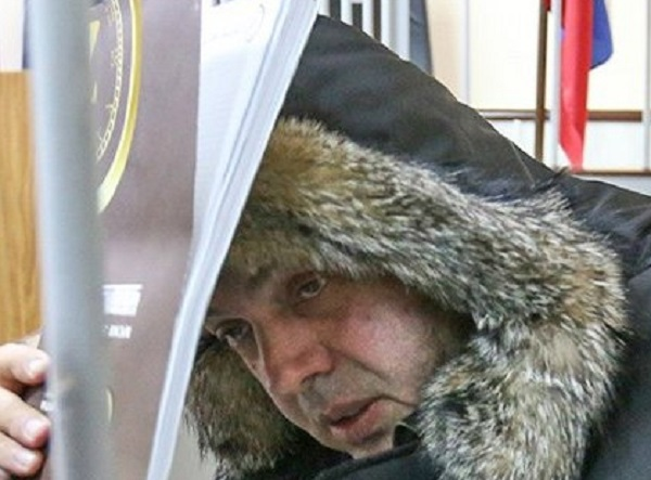 У беглого друга Мединского арестовали поместье и апартаменты