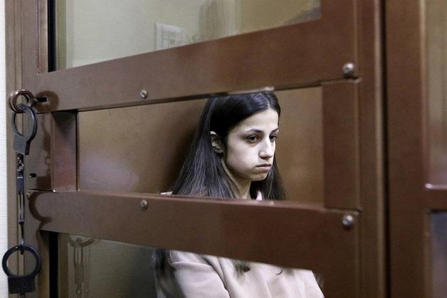 Сестрам Хачатурян экстренно требуется психологическая помощь
