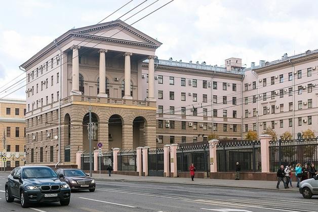 «30 миллионов ушло? Пусть 10% несут»: СКР проверяет запись откровенного разговора полицейских о коррупции в ГУ МВД по Москве