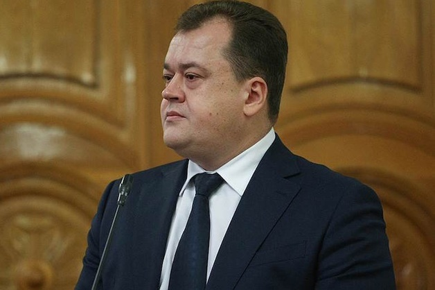 Министра строительства и ЖКХ Астраханской области заподозрили в растрате на ремонте дорог