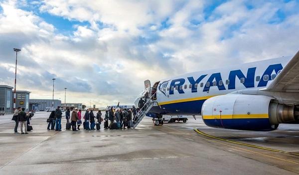 Пилоты Ryanair вышли на крупнейшую в истории компании забастовку: Отменены рейсы для 55 тыс. пассажиров