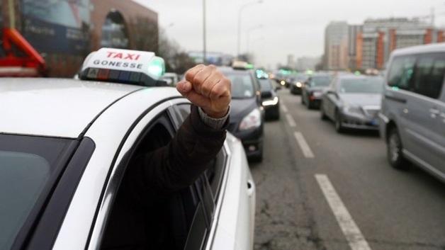 В Киеве водитель UBER избил подругу замглавы Администрации президента