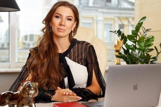 Алена Дегрик и Евгений Шевцов в европейских СМИ: муж главы конвертационного центра Януковича Leogaming пришел в государственное бюро расследований Украины