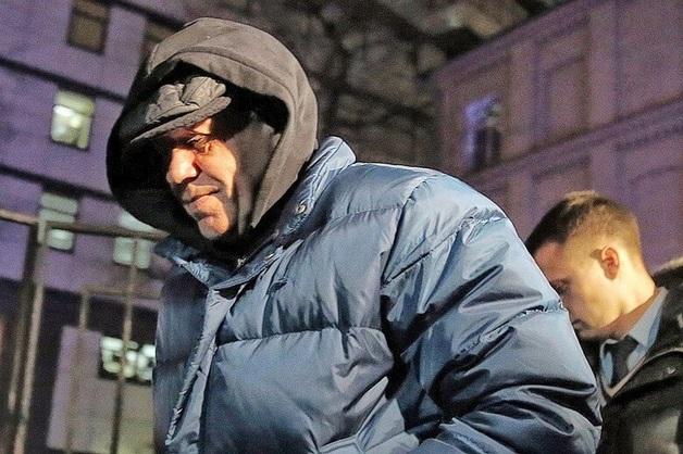 Семья осужденного за взятки генерала ФСО Лопырева пытается вернуть конфискованное имущество на полмиллиарда рублей