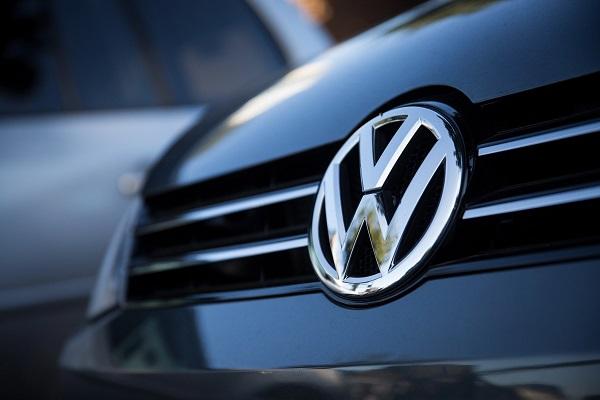 Volkswagen отзывает 700 тыс. автомобилей из-за возможности возгорания
