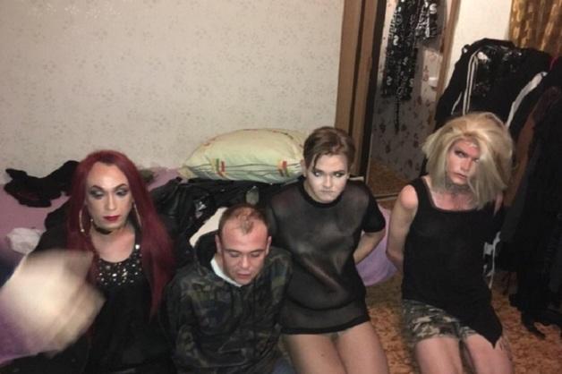 На Урале задержали трансвеститов-наркоторговцев