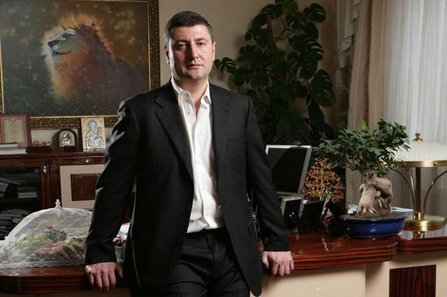 Одиозный агробарон Олег Бахматюк продолжает активные действия, дабы отбелить собственную крайне запятнанную репутацию