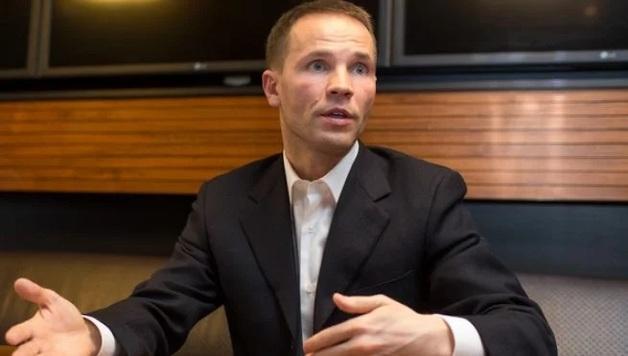Нардеп Деревянко заявляет, что его квартиру в центре Киева незаконно переоформили на другого человека
