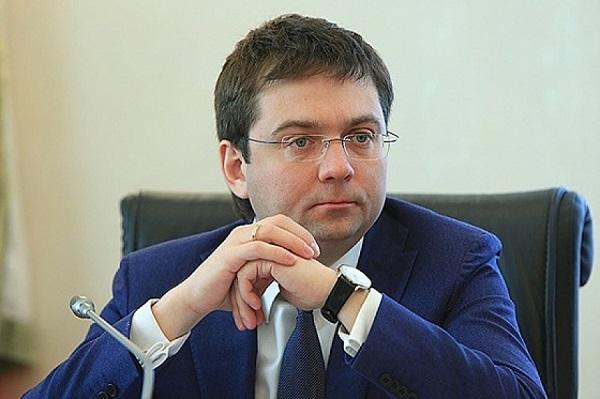 «Пришелец» Михаил Гилев станет заместителем министра строительства Якушева, а Андрей Чибис окажется «у дороги»?