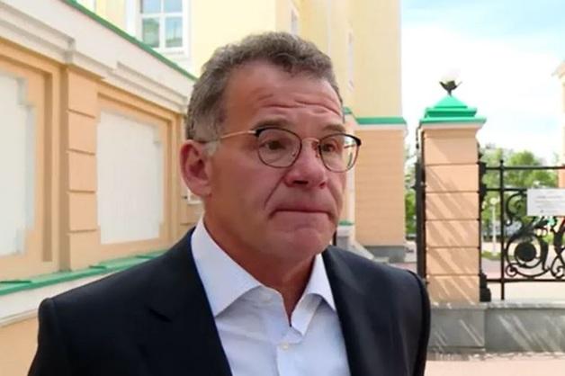 Губернатор Свердловской области уволил своего заместителя, отвечавшего за исполнение майских указов
