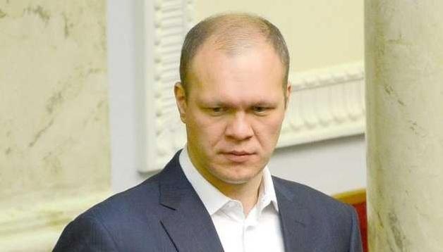 Кинувший банки нардеп Дзензерский увидит заграницу только по телевизору