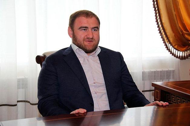 Расследованием заказных убийств, которые связывают с именем сенатора Арашукова, займется центральный аппарат СКР