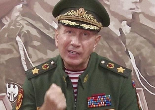 Золотов предпочел отечественным «Командирским» швейцарский «Монблан»